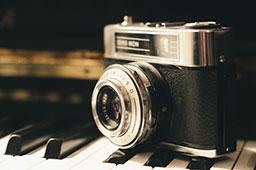 camera_post